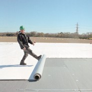Important tips to stay safe while working on the roof this winter